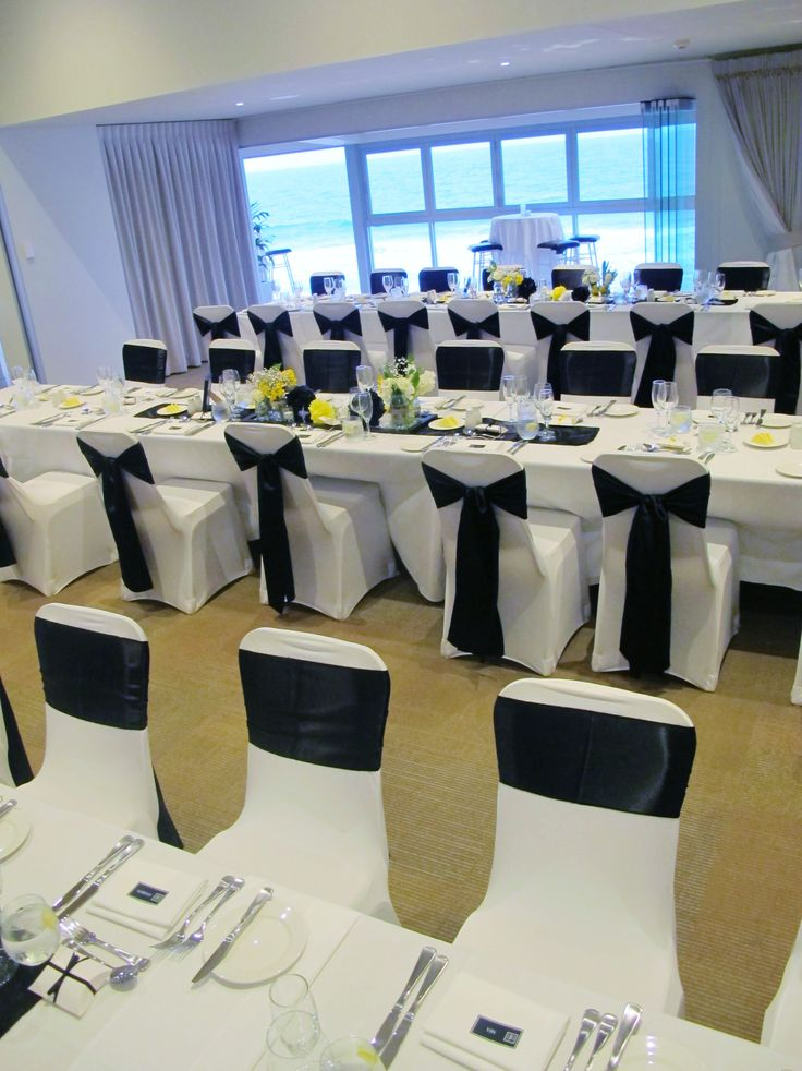 Long table room setting at The Surf Club Mooloolaba. Styled by @Beedazzled Events