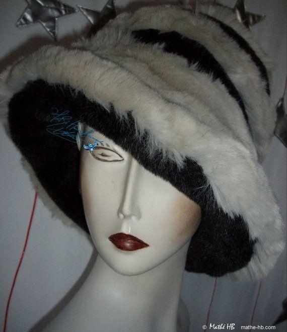 winter hat gray iridescent black and sand white par MatheHBcouture