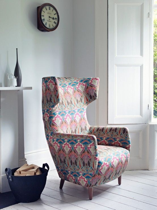 Living room - Armchair - Jubilee collection of archival furnishing fabrics - Liberty of London