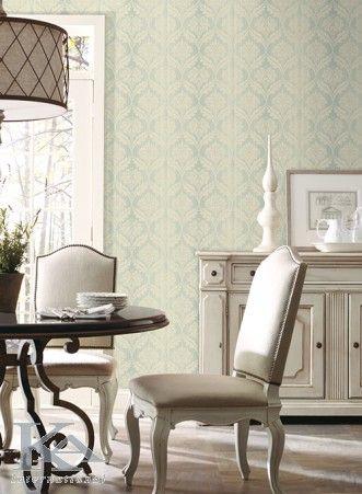 Eleganta nu are nevoie de cuvinte. Clasic wallpaper. Chair.