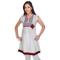 Buy designer wear kurthis online in hyderabad. Floral kurthis, purple kuthis, indian kurtis, fancy kurtis, Indo Western Kurtis, party wear kurtis, cotton kurtis