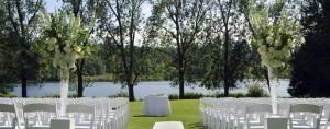 Water's Edge Events Center in Belcamp, MD is a new premier wedding venue. http://www.eventective.com/USA/Maryland/Belcamp/576316/Water-s-Edge-Events-Center.html