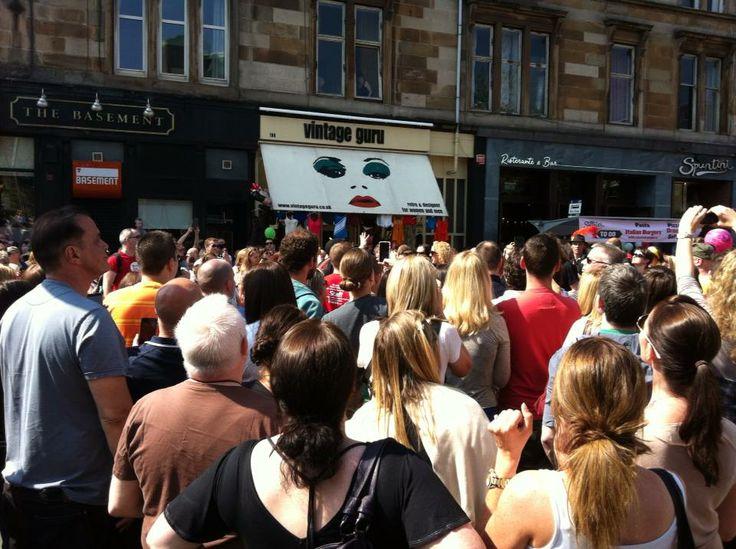 West End Festival - June 2013 #westendfestival #westend #glasgow #scotland #uk #byresroad #glasgowwestend #westendfestivalparade #parade #crowd #vintage #vintageguru #fashion #style #trend #retro