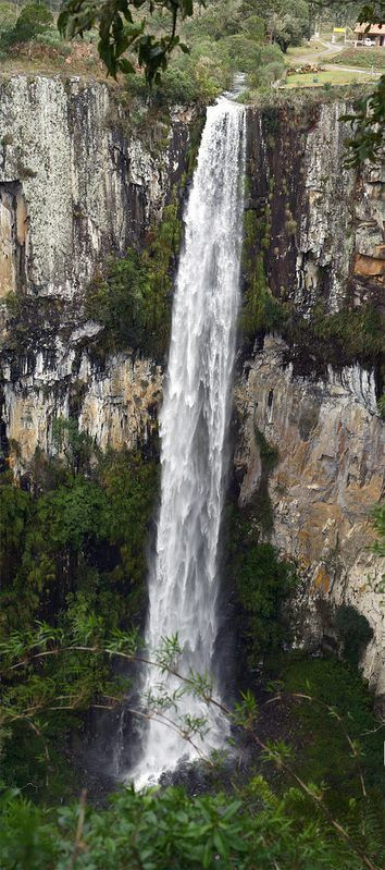 Falls. Cachoeira do Avencal, Santa Catarina, Brasil...