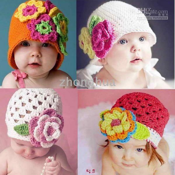 gorros a crochet, patucos vestidos todo para los pequeños y