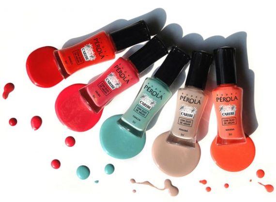 Atenção mulherada. Amanhã, durante a Beauty Fair, diferentes marcas e cores estarão disponíveis no mercado para deixar suas unhas mais enfeitadas no próximo. Quer saber o que vem por aí?