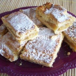 Fotografie receptu: Jablečný koláč s pudinkem