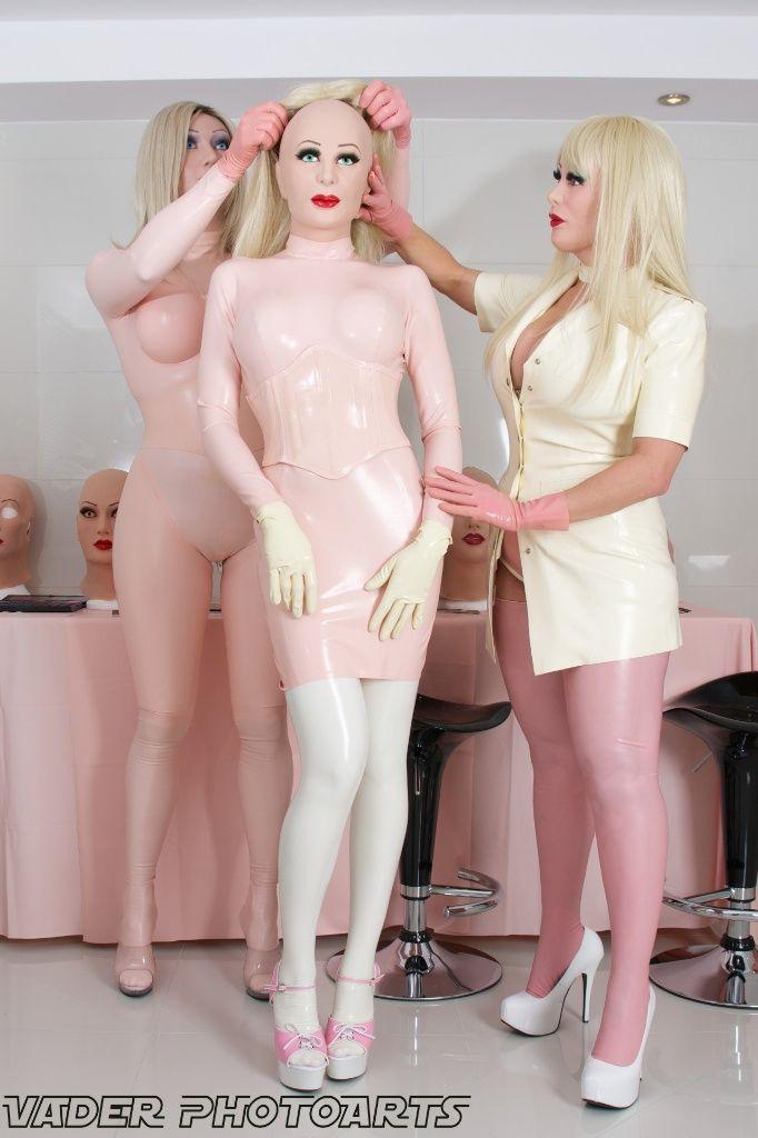 Valeria lukyanova nude photos ukraine human barbie is breatharian