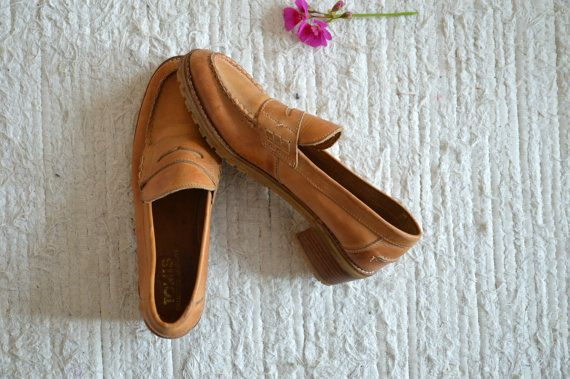 VINTAGE 1980s Leather Shoes Brown Chunky Loafers by sonjasusanna