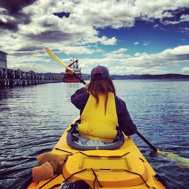 With kilometres of unspoiled coastlines and waterways, Tasmania is a kayakers playground. #kayaking #hobart #tasmania #discovertasmania Image Credit: taygk8