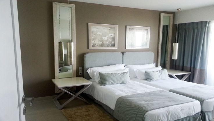 Sani Beach Hotel (Δωμάτια) : Ξύλινες κατασκευές, κομοδίνα, καθρέπτες, κρεβάτια, ντουλάπες, minibar, γραφεία και wc για τα δωμάτια του Sani Beach Hotel στην Κασσάνδρα. - See more at: http://masterwood.gr/portfolio/sani-beach-hotel-rooms/#sthash.xut0qCSO.dpuf