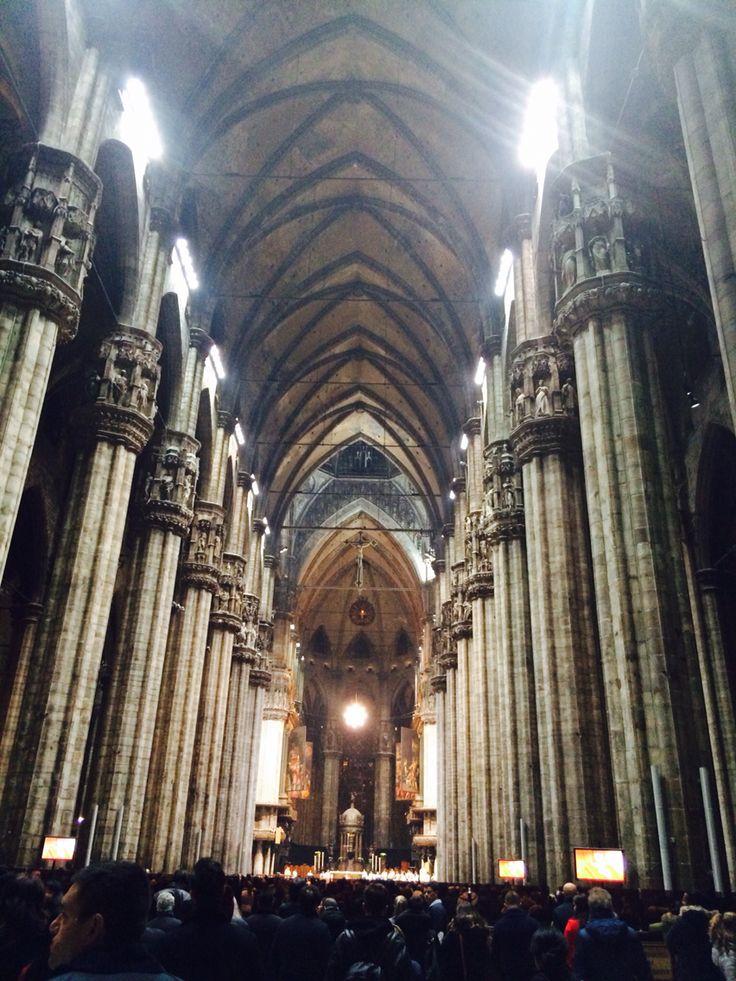 Milano, la massa X-mas al Duomo
