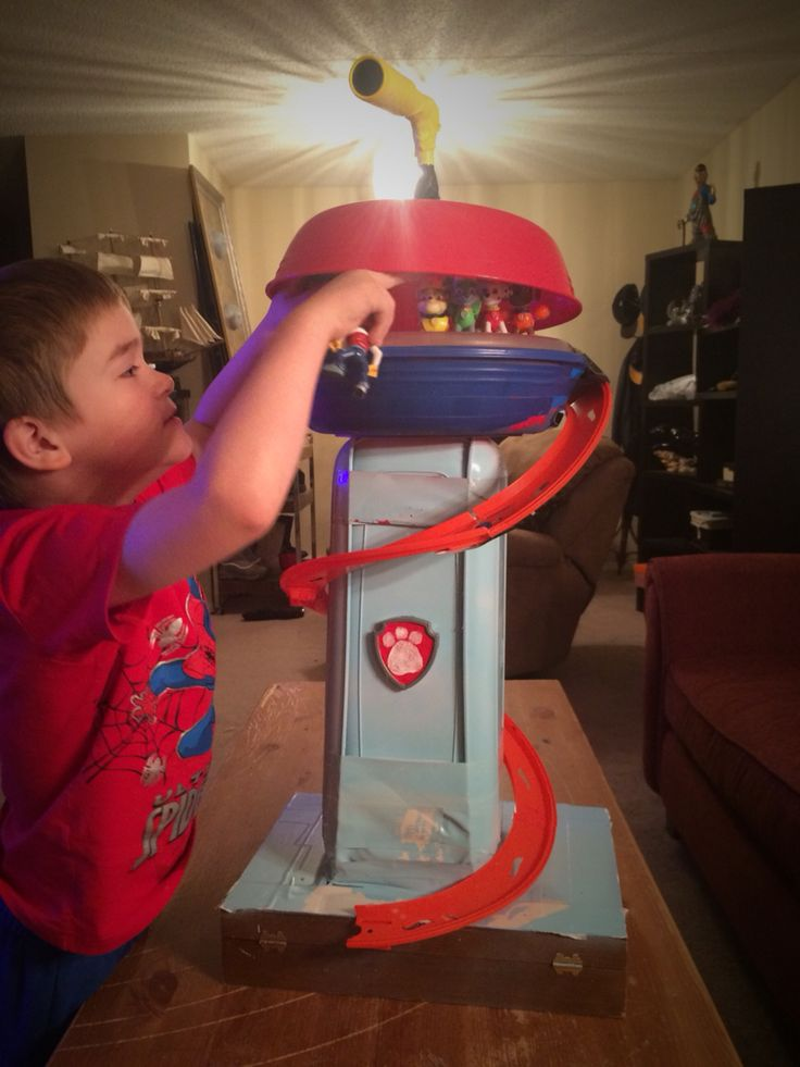 Homemade PAW Patrol lookout. The one they sell is flimsy and tiny. So I made my son a durable one out of tupperware containers, hot wheels track, and duct tape. He loves it! #pawpatrol #homemadetoys #diytoys