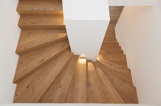 Bauwerk-Parkett macht Treppen zu einem Einzelstück  #Holztreppe #Parkett #interior #Raumgestaltung #Woodstairs #Oak #Eiche