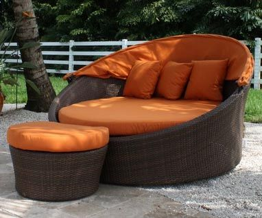 This would be great out in the patioGardens Outdoor Spaces, All Things Orange, Favorite Places, Antiques Brown, Outdoor Chairs, Daybeds, Rattan Gardens Chairs, Backyards, Home Style