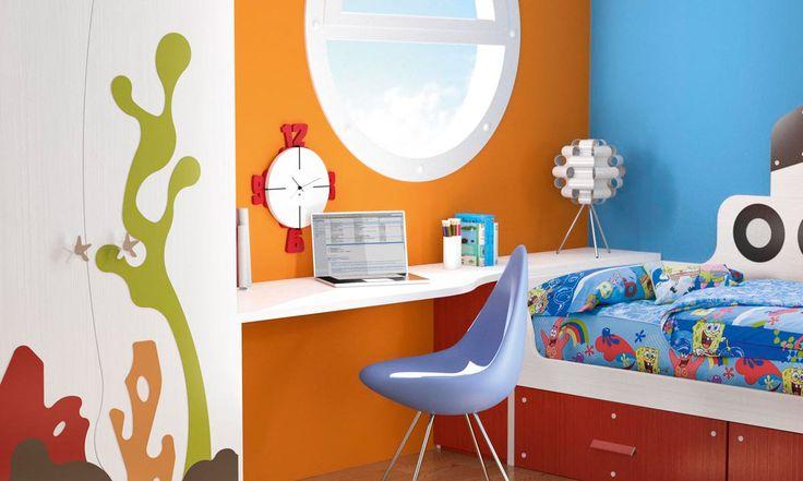 """Detalle de escritorio de #dormitorio #infantil temático """"fondo del mar"""""""
