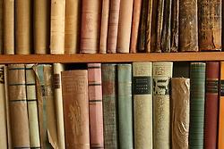 .: Bookca Jam, Cake, Pastel Books, Bookish Beautiful, Nerd Life, Readers Life, Photo, Books Friends, Old Books
