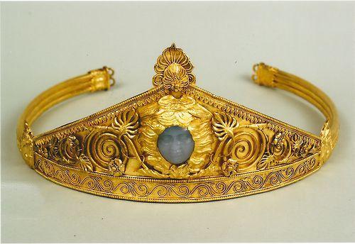 Ancient Greek diadem found in the Ukraine; c. 450 BC
