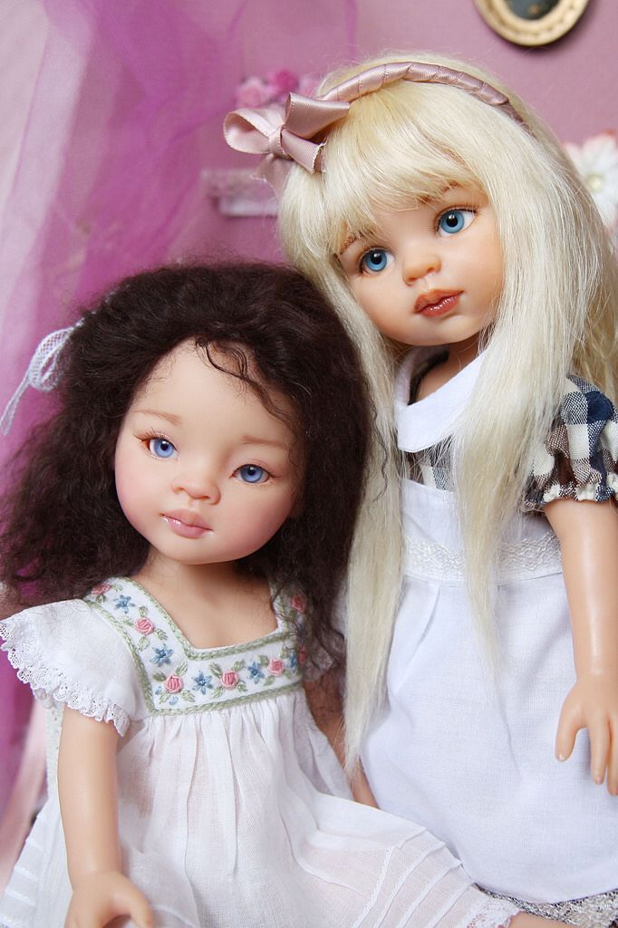 Catherine And Friend Repaint Dolls From Paola Reina
