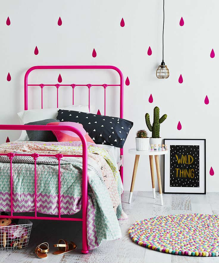 Beautifully painted furniture and walls   10 Gorgeous Girls Rooms Part 6 - Tinyme Blog Liapela.com