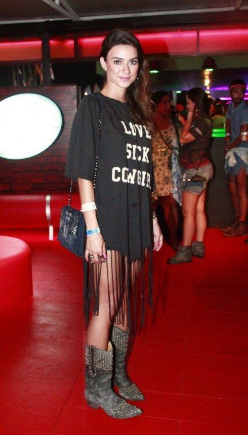 Thaila Ayala #RockinRio                                                       …
