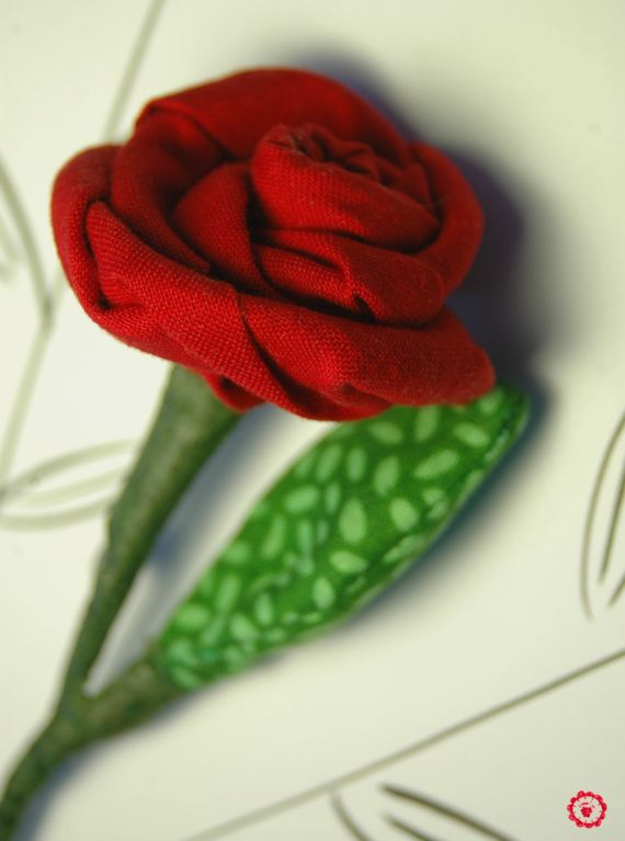Broche rosa de Sant Jordi por Loopies
