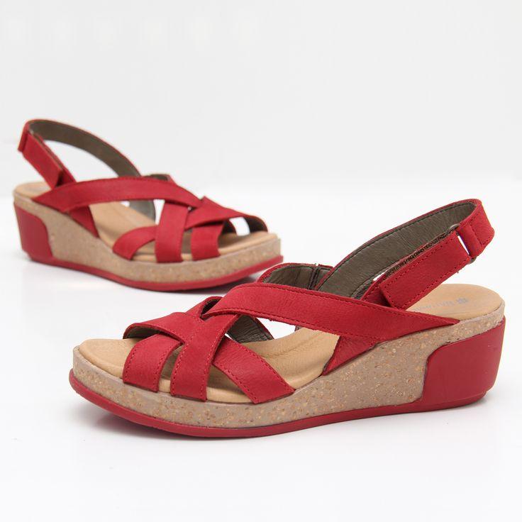 Si lo tuyo son las sandalias cómodas y hechas con productos naturales y de primera calidad, no lo dudes, #ELNATURALISTA es tu marca. Descúbrelas aquí https://www.zacaris.com/articulos/100041643.htm #zacaris #shoponline #sandalias #sandals #newcollection