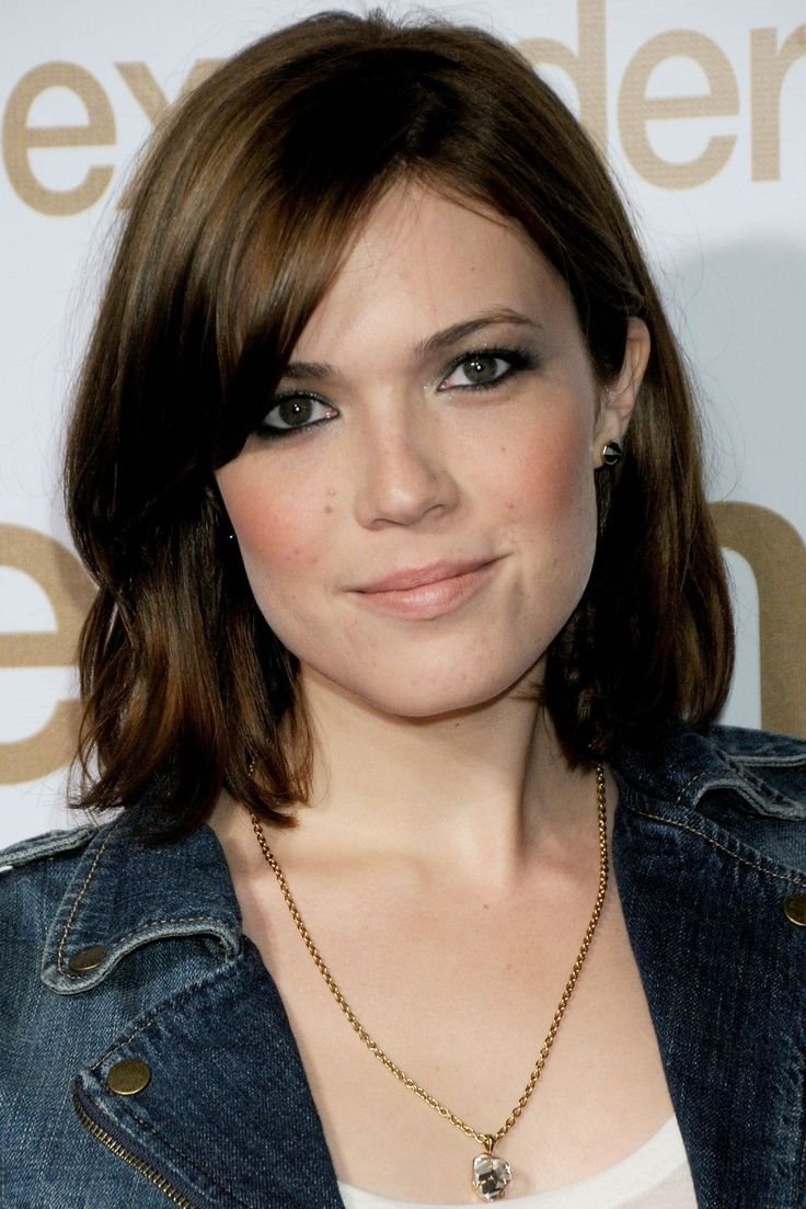 We Had No Idea Mandy Moore's Beauty Evolution Was THIS Extreme #refinery29  http://www.refinery29.com/2016/12/133495/mandy-moore-best-hair-makeup-looks#slide-17  A shoulder-length cut made Mandy's newly dark hair look thick and healthy, while a wash of peach-toned blush added a flattering touch. ...