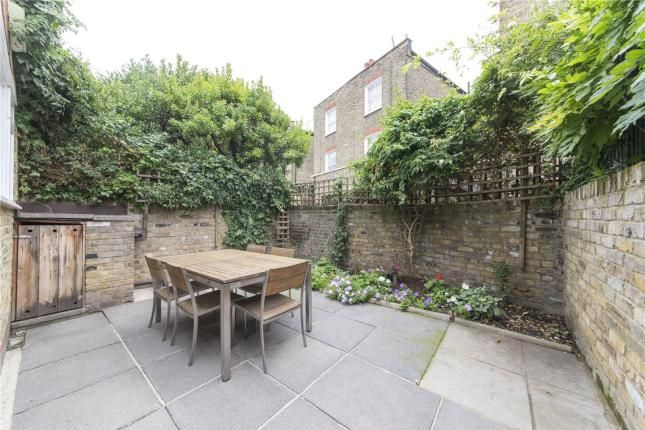2 Bed Flat For Sale, Elmstone Road, Parsons Green SW6, with price £895,000. #Flat #Sale #Elmstone #Road #Parsons #Green