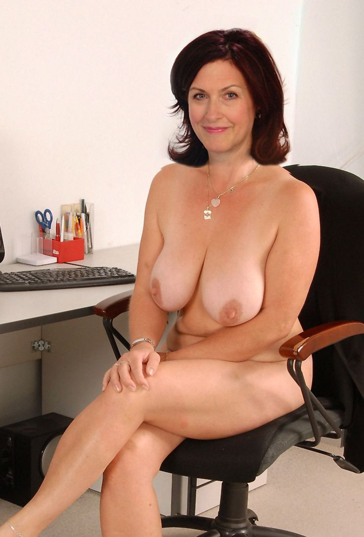 hot-sexy-canadian-mature