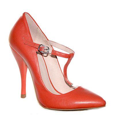 @Dècollètè in pelle color coralli con cinturino a T di #Fornarina > http://www.tentazioneshop.it/scarpe-fornarina/decollete-8664-red-fornarina.html