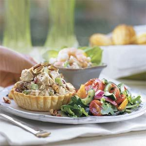 Had this today at a new resturant so had to find a recipe for it. Delicious!! : Honey-Chicken Salad