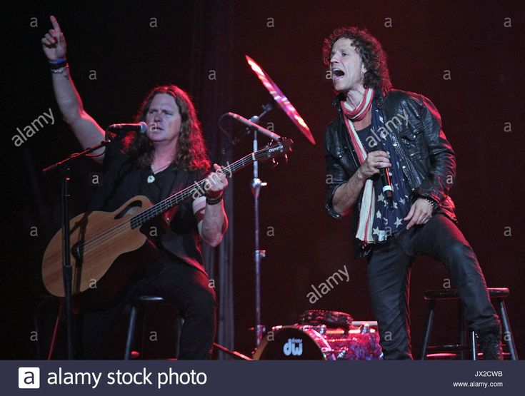 Download this stock image: Pat Badger and Gary Cherone. Star studded night during the Boston Strong Concert at the TD garden to benefit the victims of the Boston Marathon bombing. - JX2CWB from Alamy's library of millions of high resolution stock photos, illustrations and vectors.