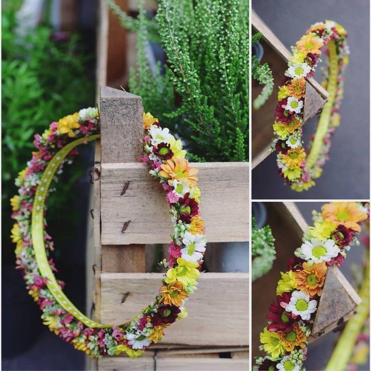 Wianuszek małej druhenki 😍💞💒 Fot. @monikabartz  #kwiatynakażdąokazję #wianki #wreath #weddingdecor #weddingflowers #bridesmaid #forher