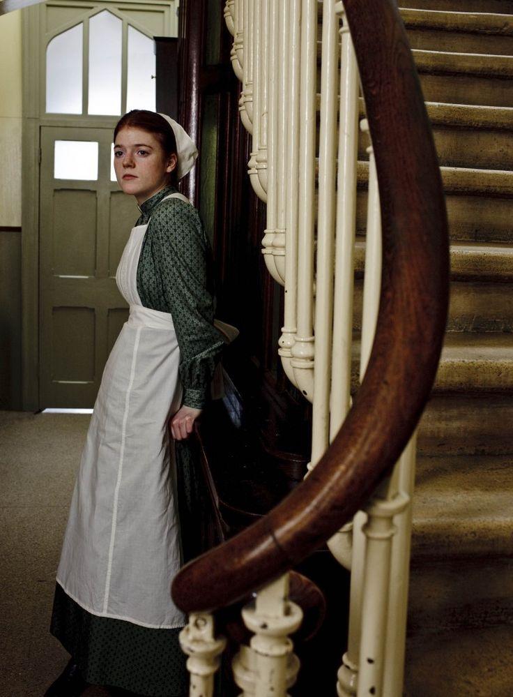 Gwen, femme de chambre...of downton abbey