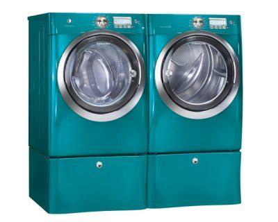 I would die to have this Electrolux Washer and Dryer in Turquoise!!! OMG!