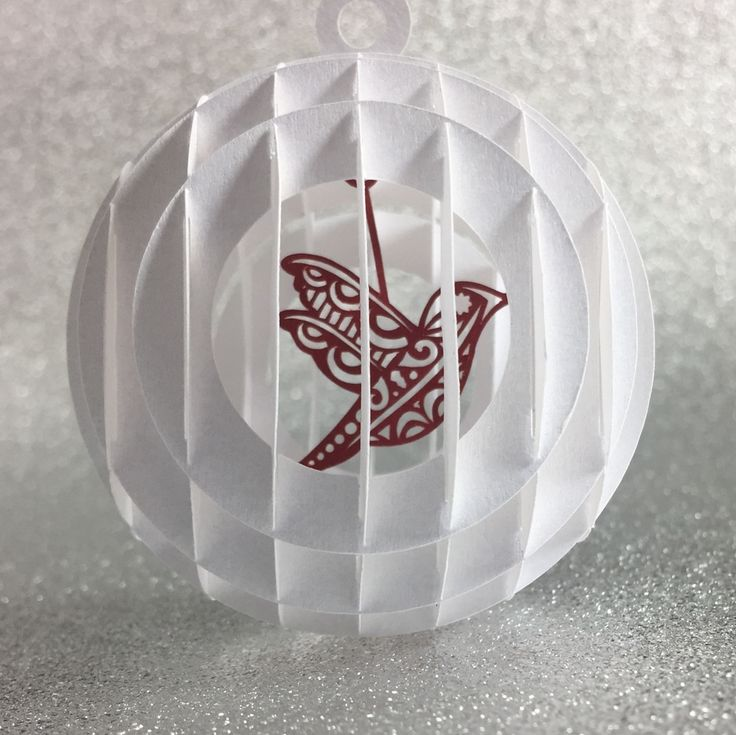 Front view of sliceform snow globe.  Free cut file and tutorial by Nadine Muir for Silhouette UK