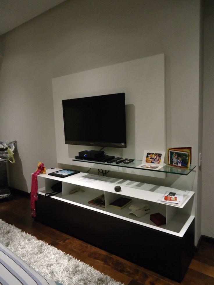 Mueble de television en la recamara principal - Muebles para la tele ...
