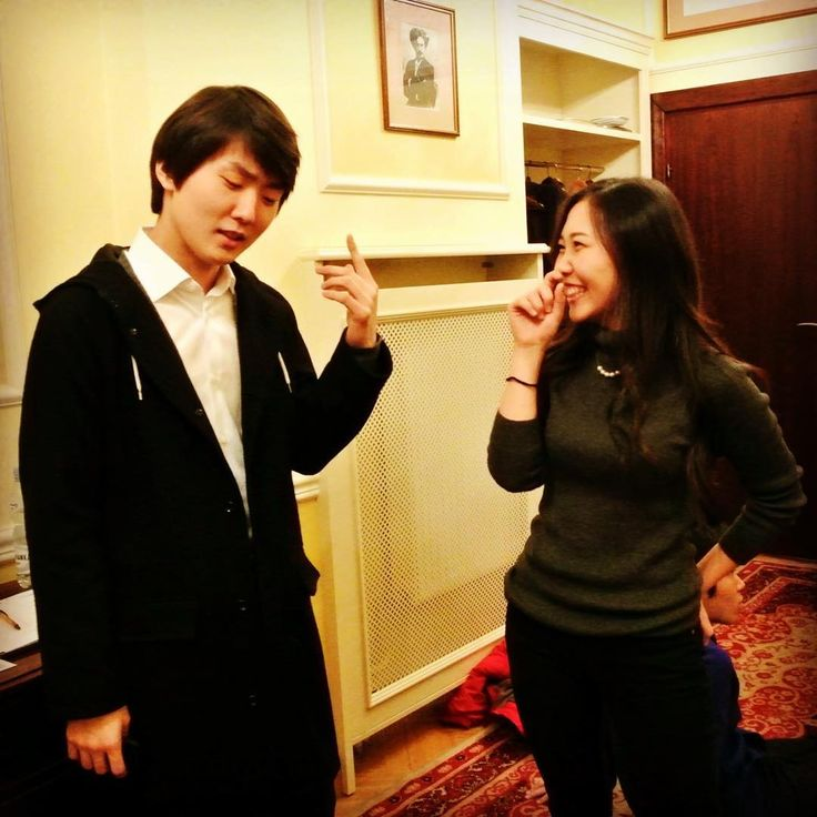 Seong-Jin Cho ( & Aimi Kobayashi) (at 2015 Chopin piano competition)