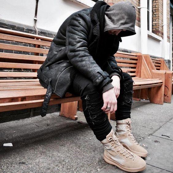 Botas Masculinas. Macho Moda - Blog de Moda Masculina: Bota Masculina: 5 Modelos que estão em alta pra 2017. Moda Masculina, Moda para Homens, Roupa de Homem, Bota Militar, Coturno Masculino, Bota Cano Alto Masculina