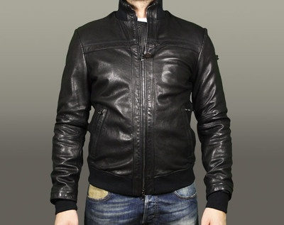 #LEATHER jacket# Peuterey F\W 2012-13  http://www.ebay.it/itm/PEUTEREY-GIUBBOTTO-UOMO-BOMBER-MODELLO-BISCA-NERO-COLORE-NERO-/221150818515?pt=Giubbini_Giacconi_e_Cappotti_uomo==item7919af9f40#ht_3550wt_1165