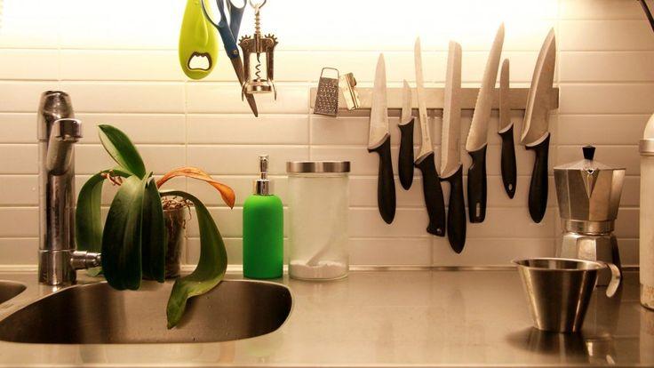 les 25 meilleures id es concernant porte couteau sur. Black Bedroom Furniture Sets. Home Design Ideas