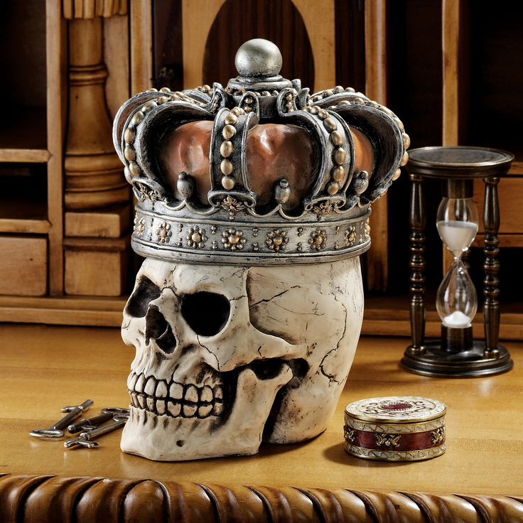 Hidden treasures removable crown gothic skull king crowned for Medieval decorations home