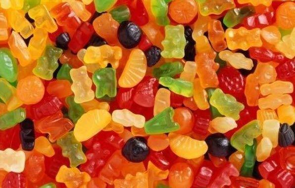 Жевательный мармелад Берём: -1 пакетик (90 гр) фруктового желе -30 мл (4 ложки) желатина