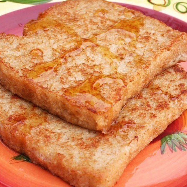 French Toast with Vegan Nog (vegan gluten free) - This rich sweet French toast recipe doesn't even need maple syrup it is so good! Recipe is on the blog. Link in bio. #vegan #glutenfree #veganfoodshare #whatveganseat #vegansofig #vegansofinstagram #govegan #vegancommunity #crueltyfree #veganglutenfree #foodporn #veganfoodporn #veganfoodlovers #veganfood #veganism #veganlife #veganforlife #healthyeating #veganrecipes #veganlifestyle #veganeats #veganbreakfast #veganblogger #veganchristmas…
