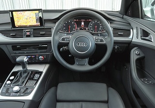 Hire luxurious Audi car from Deluxe car London at affordable prices. Experience riding the Audi that is considered one of the best luxury car in the World.
