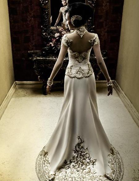 Inspiration for my wedding kebaya: Whitebone Kebaya by Anne Avantie