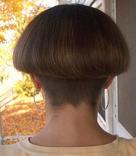 ... bowl and mushroom cuts on Pinterest | Bowl Haircuts, Shaved Nape and