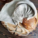 Linen bread bag with lace.  Natural washed linen bread bag with handmade flax cord and wide linen laces.    Size: 30x40cm  100% linen, 100% linen lace, 100% linen cord    Linen bread bag is made of...