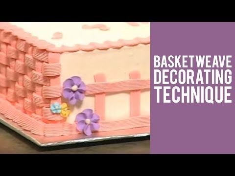 How to Make a Buttercream Basketweave Cake Design - YouTube